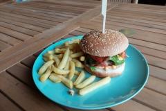 lekkere hamburger eten bij onze Belgische vrienden