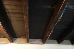 plafond keuken eindelijk spinnenwebvrij, klaar om in maart te ontvetten en te schuren