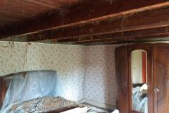 plafond in de slaapkamer zonder schrootjes